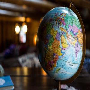 Geographie und Wirtschaftskunde